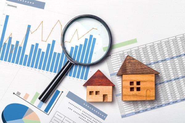 【素材別】屋根の葺き替え相場をチェック!適正費用とは?