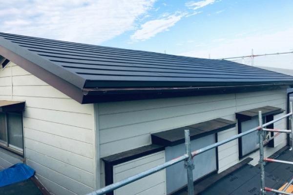 屋根塗装が必要な時期はいつ?工事に適した時期や注意点を解説!!